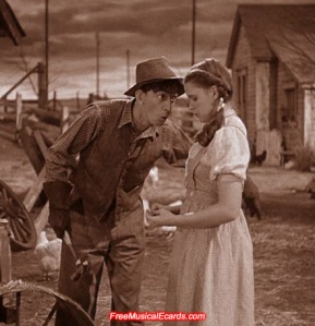 judy-garland-as-dorothy-with-farmhand-hunk-played-by-ray-bolger